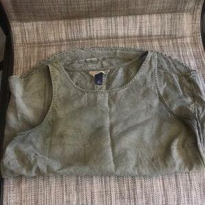 Universal Thread pure rayon sleeveless blouse